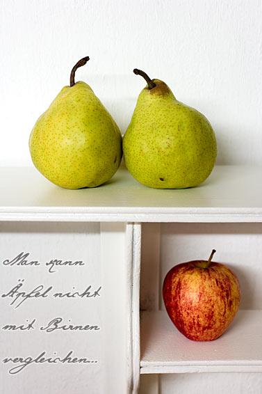 Äpfel und Birnen im Shabby Chic Tellerboard