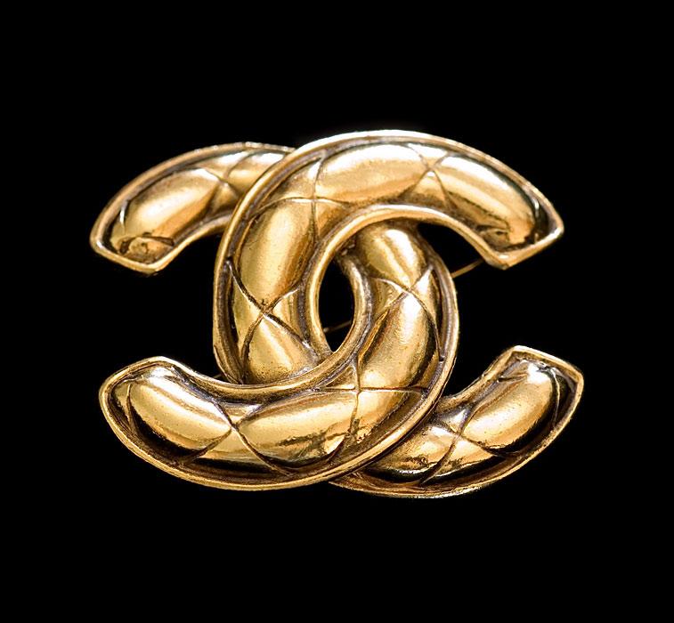 Goldene Vintage Chanel Schmuck Brosche CC Logo