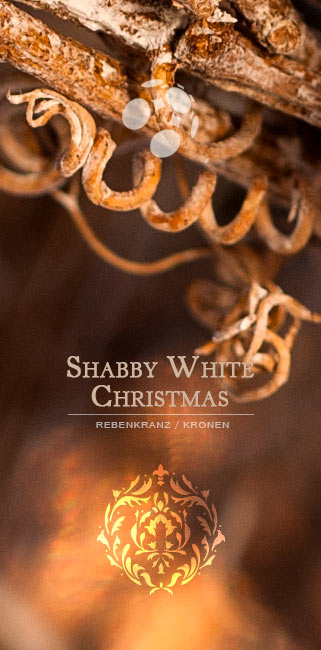 Shabby white christmas Landhaus-Impressionen Adventskranz Rebenkranz silber gold