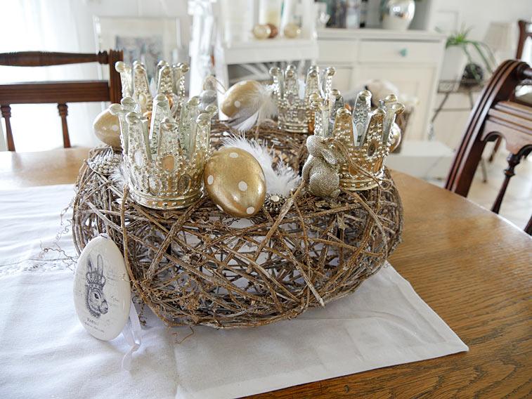 Osterkranz Tischdeko Kronen