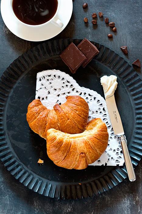 Croissants Kaffeetasse Schokolade