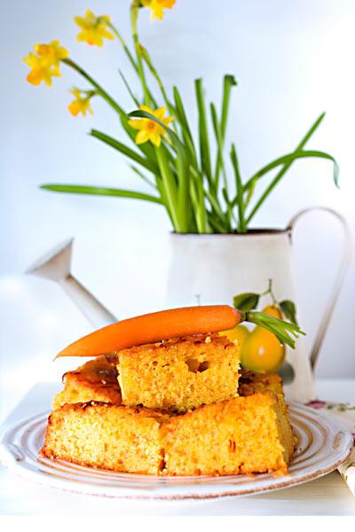 Möhrenkuchen Osterglocken