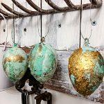 Ostereier färben - Marmorieren mit Nagellack