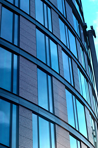 Glasfront Hochhaus Bürogebäude