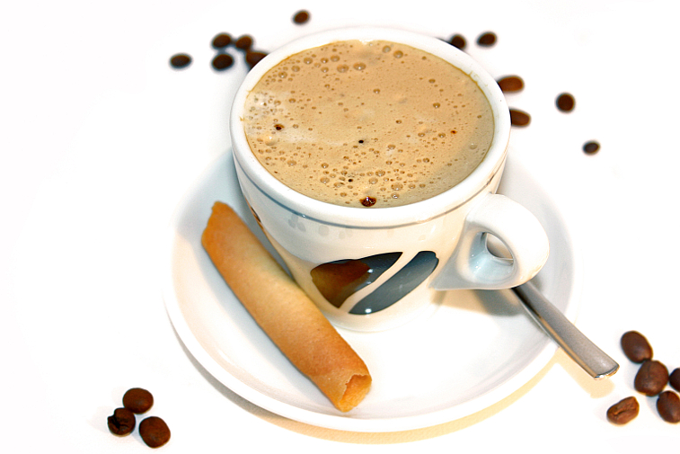 Kaffeetasse Cappuccino Waffelröllchen