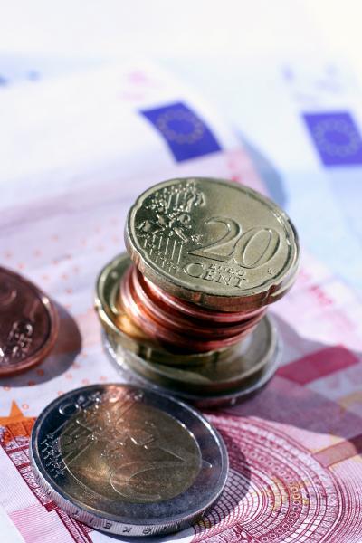 Münzstapel Euromünzen Geldstapel Geldscheine