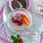 Kokosmilch Chia-Pudding Himbeeren Nektarinen