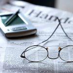 Lesebrille Börsenzeitung Tablet