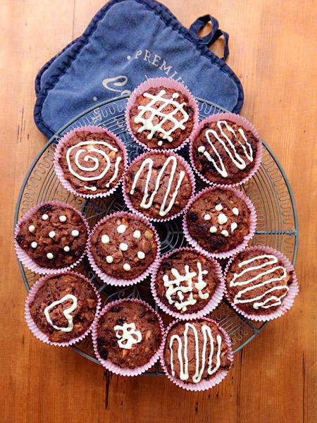 Verzierte Cupcakes Muffins Zuckerguss