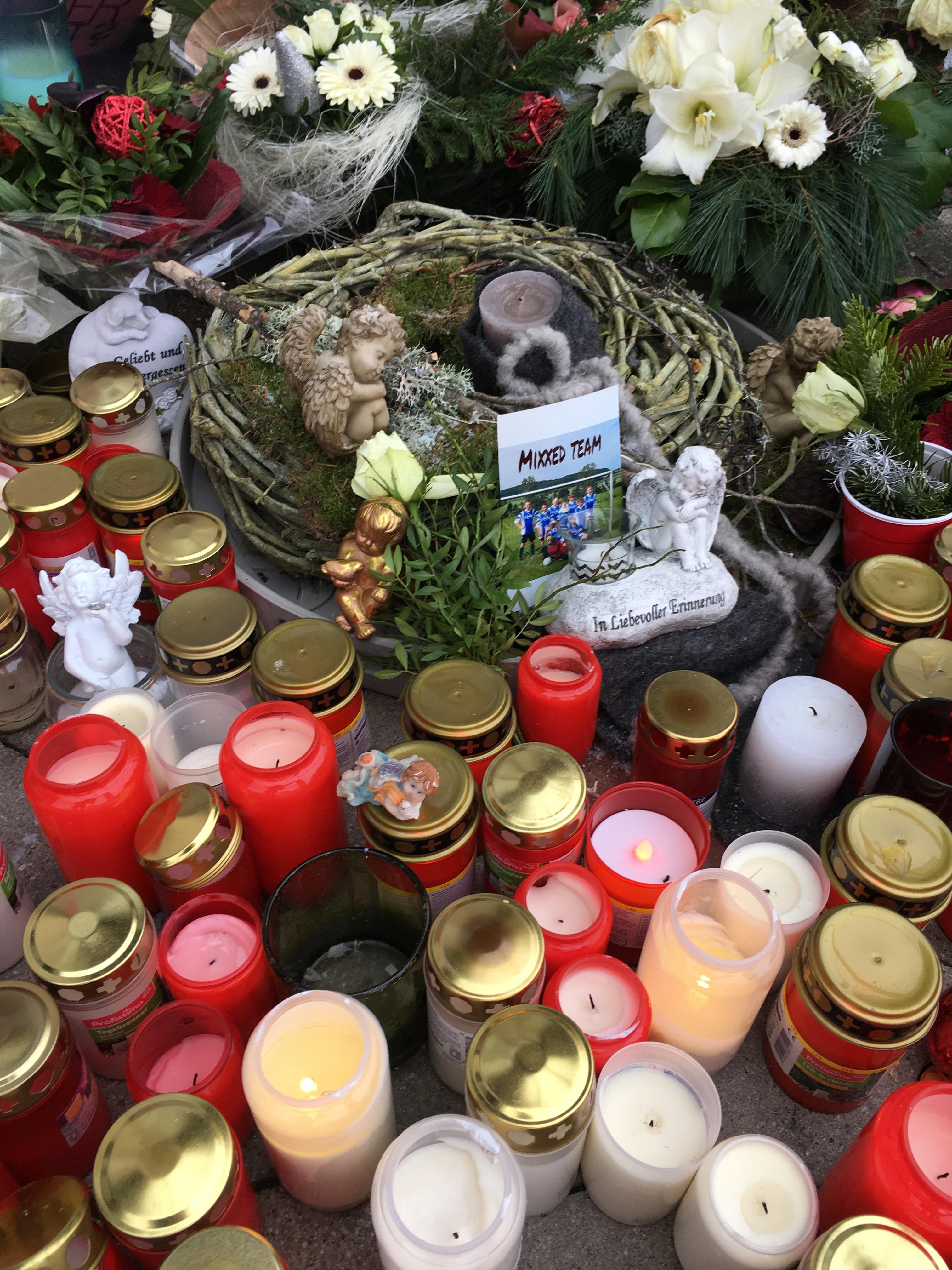 Mia Mord Kandel Gedenkstätte Trauer-Kerzen 07.01.2018