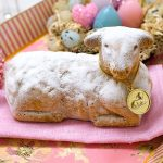 Gebackenes Osterlamm Biskuitteig Kuchen Ostern