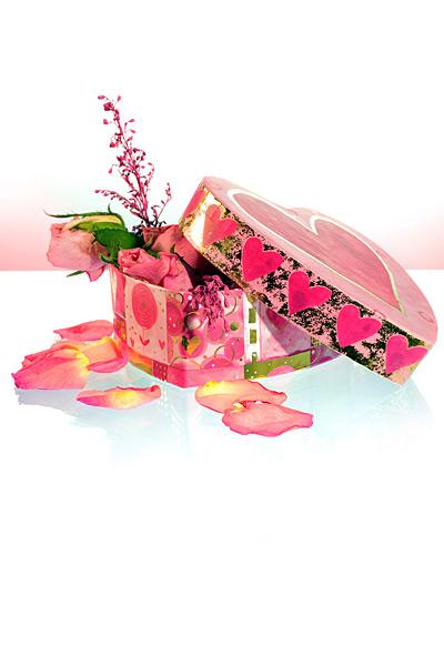 valentinstag muttertag herz geschenk rosen. Black Bedroom Furniture Sets. Home Design Ideas