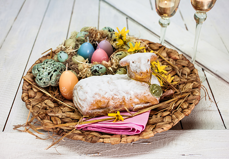Gebackenes Osterlamm Kuchen Osternest Ostereier