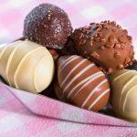 Schokoladen-Ostereier Pralinen Rum Trüffel Ostern