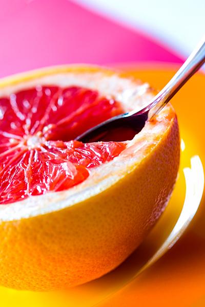 Grapefruit Grapefrucht mit Löffel Pampelmuse