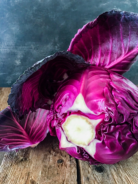 Rotkohl Gemüse mit Blätter