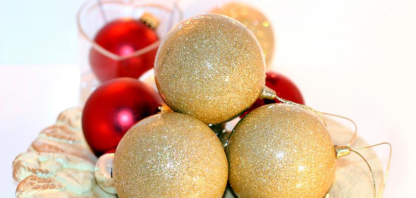 Adventskalender-Bild Weihnachtsbild rote goldene Weihnachtskugeln Christbaumkugeln