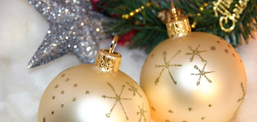 Adventskalender-Bild Weihnachtsbild weisse Weihnachtskugeln Silberstern Tannenbaum