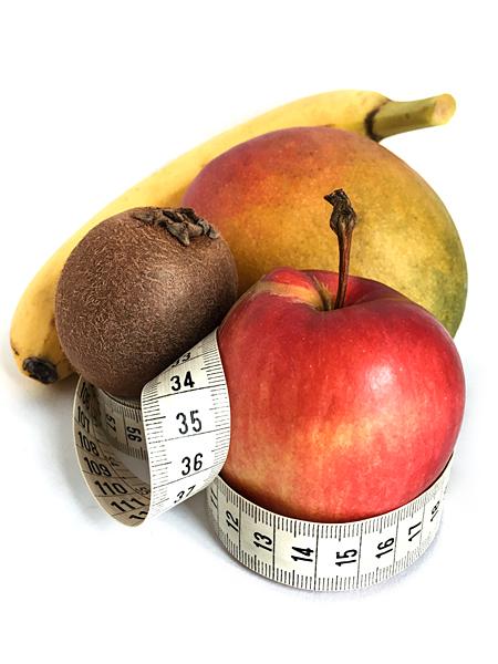 Apfel Massband Obst essen Kiwi Mango Banane gesunde Ernährung