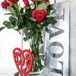 Valentinstag Muttertag rote Rosen Rosenstrauss Herzen Love Schrift