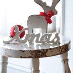 Weihnachtsbilder Weihnachten Landhaus Shabby Xmas Schrift Holz Hirsch rote Weihnachtskugel