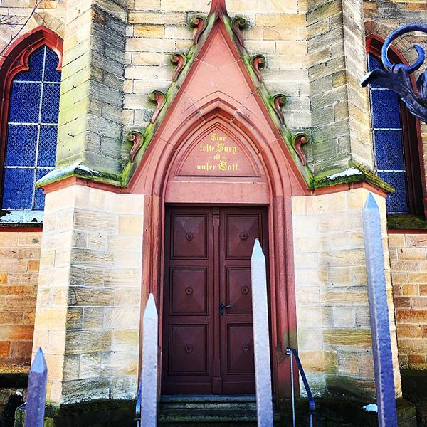 Evangelische Kirche Portal gotische Eingangstür Nack Architektur